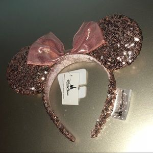 New Rose Gold Disney Minnie Mouse Ears
